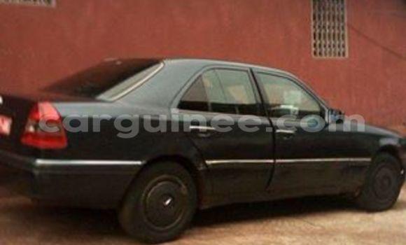 Acheter Voiture Mercedes-Benz 200 Noir à Kaloum en Conakry