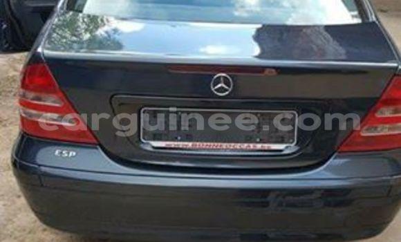 Acheter Voiture Mercedes-Benz C-Class Noir à Kaloum en Conakry