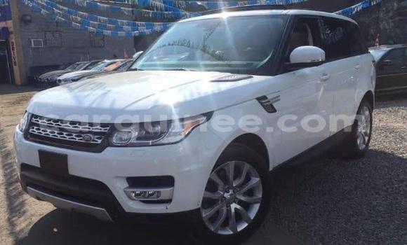 Acheter Voiture Land Rover Range Rover Blanc à Kaloum en Conakry